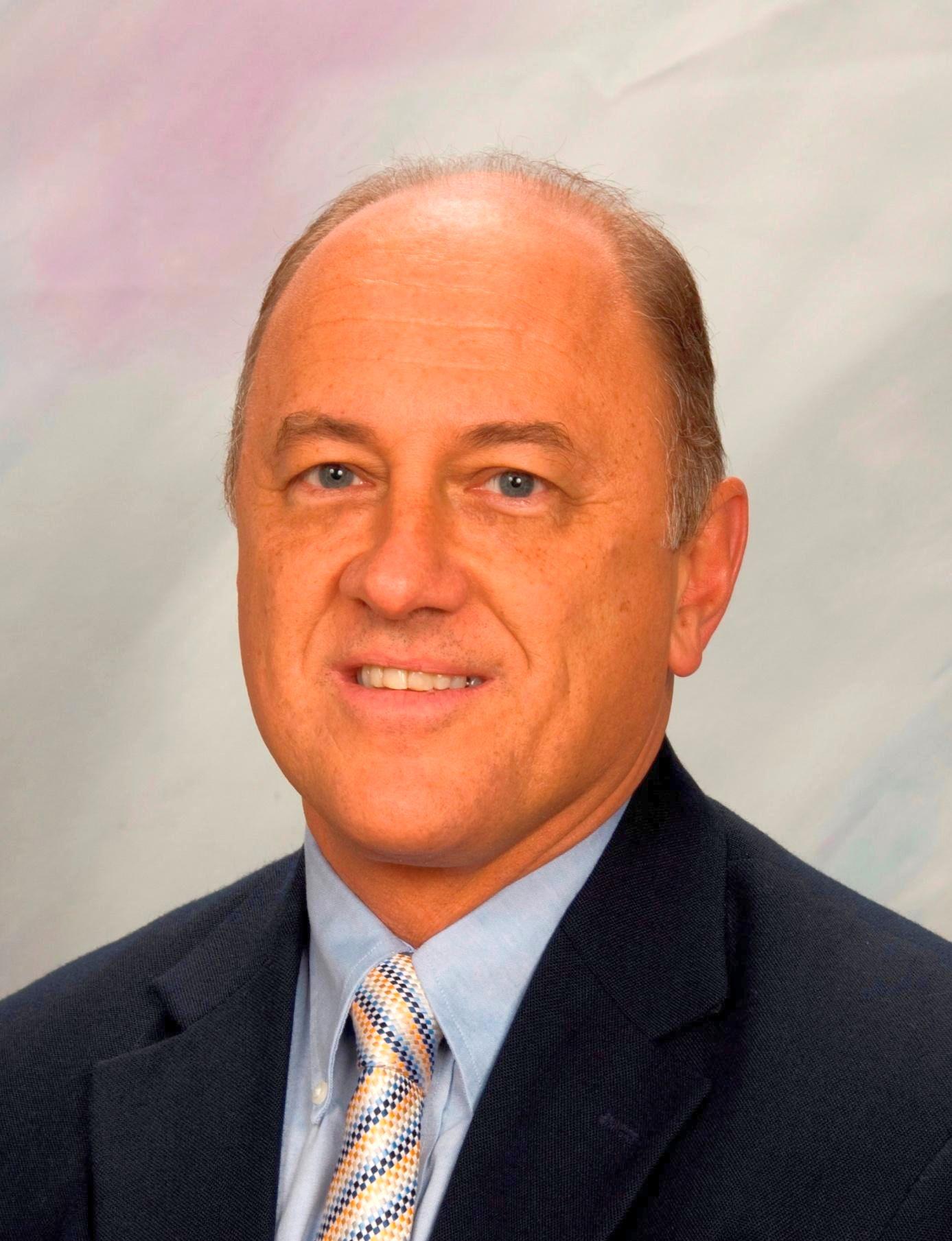 Tom Coba joins Lapels Dry Cleaning as franchise advisor