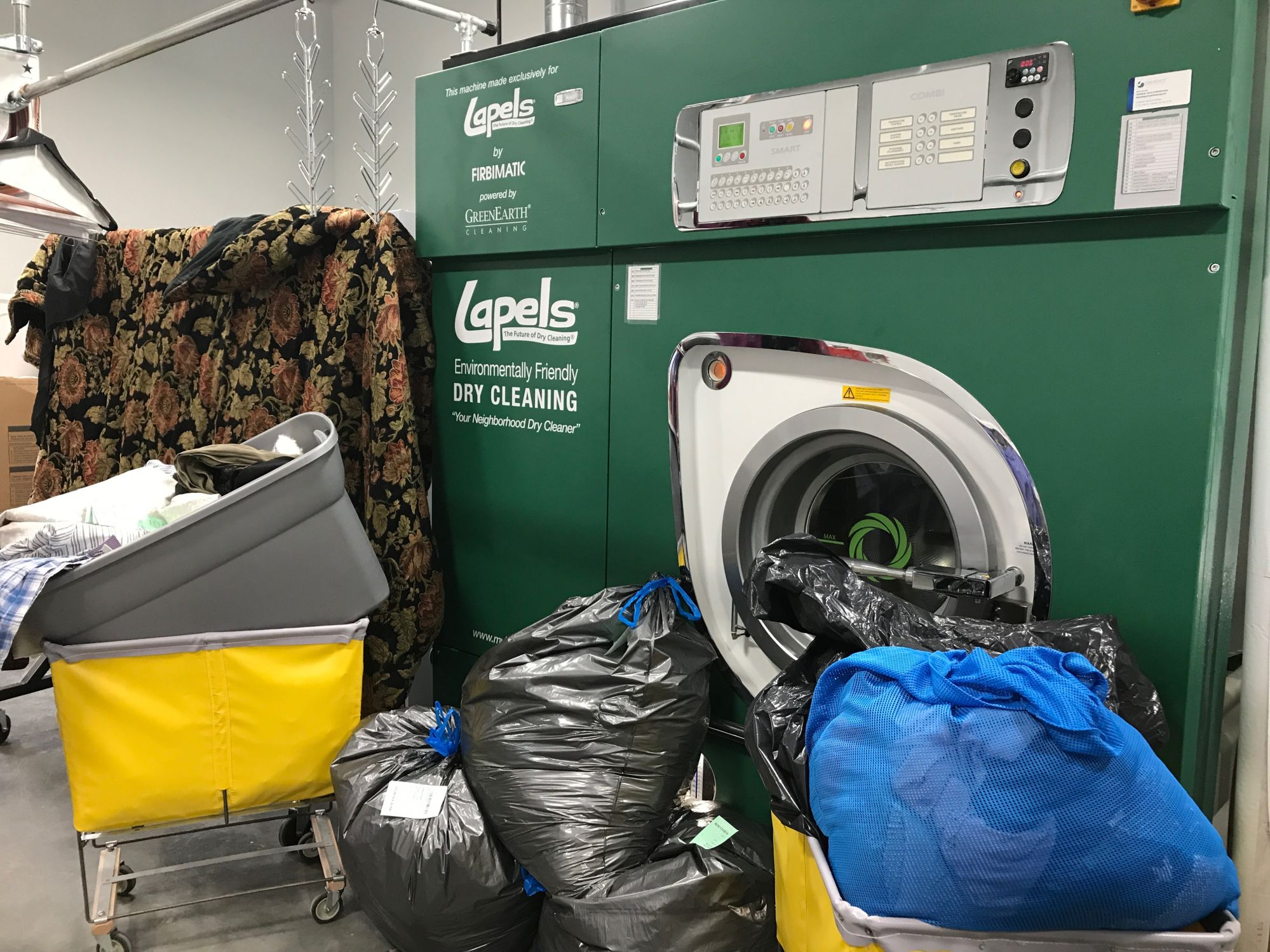 Lapels Dry Cleaning of Katy helps Harvey victims get off to a clean start